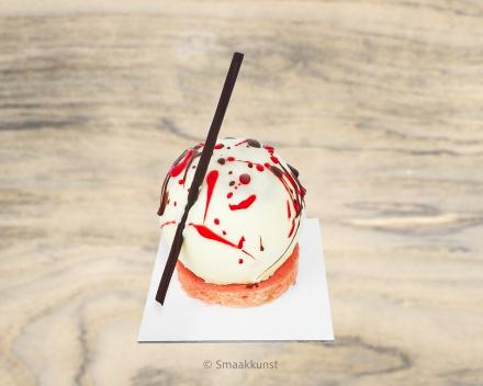 De avondzon als individueel gebak, uit het assortiment standaard taarten van Smaakkunst Roeselare