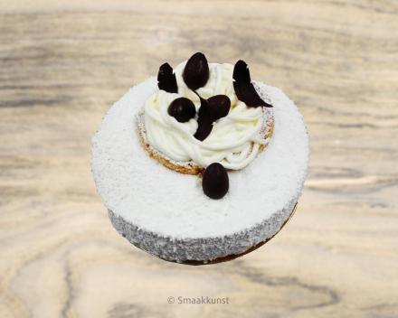 De  piña colada uit het assortiment standaard taarten van Smaakkunst Roeselare