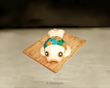 De vis als 3D figuurtaart door patisserie en chocolaterie Smaakkunst te Roeselare