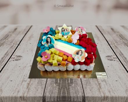 De K3-taart als themagebak door patisserie en chocolaterie Smaakkunst te Roeselare