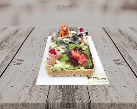 Marsepeindieren taart als themagebak door patisserie en chocolaterie Smaakkunst te Roeselare
