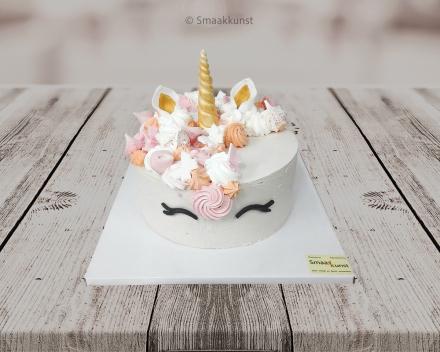 Smashcake Unicorn als themagebak door patisserie en chocolaterie Smaakkunst te Roeselare